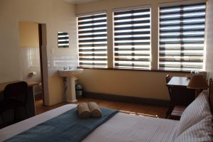 accommodation in potchefstroom with large rooms and clean linen